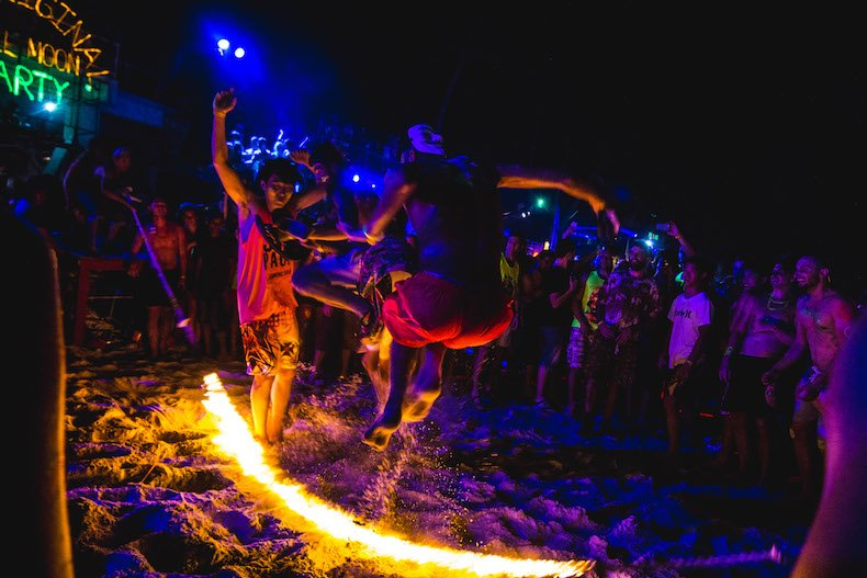 st barts full moon party